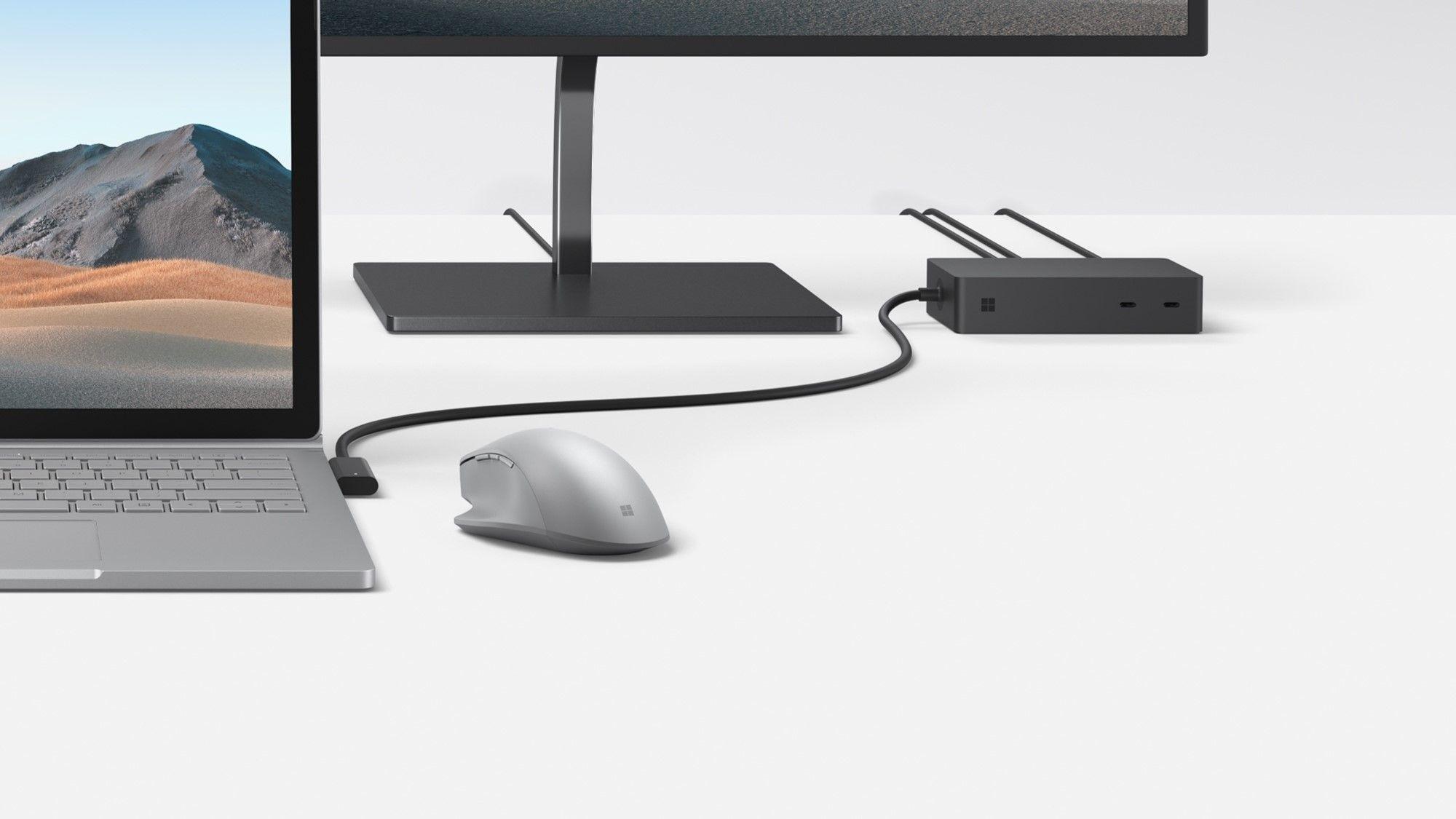 Das Surface Dock 2 verbindet an einem Arbeitsplatz das Surface Book 3 mit einem externen Monitor