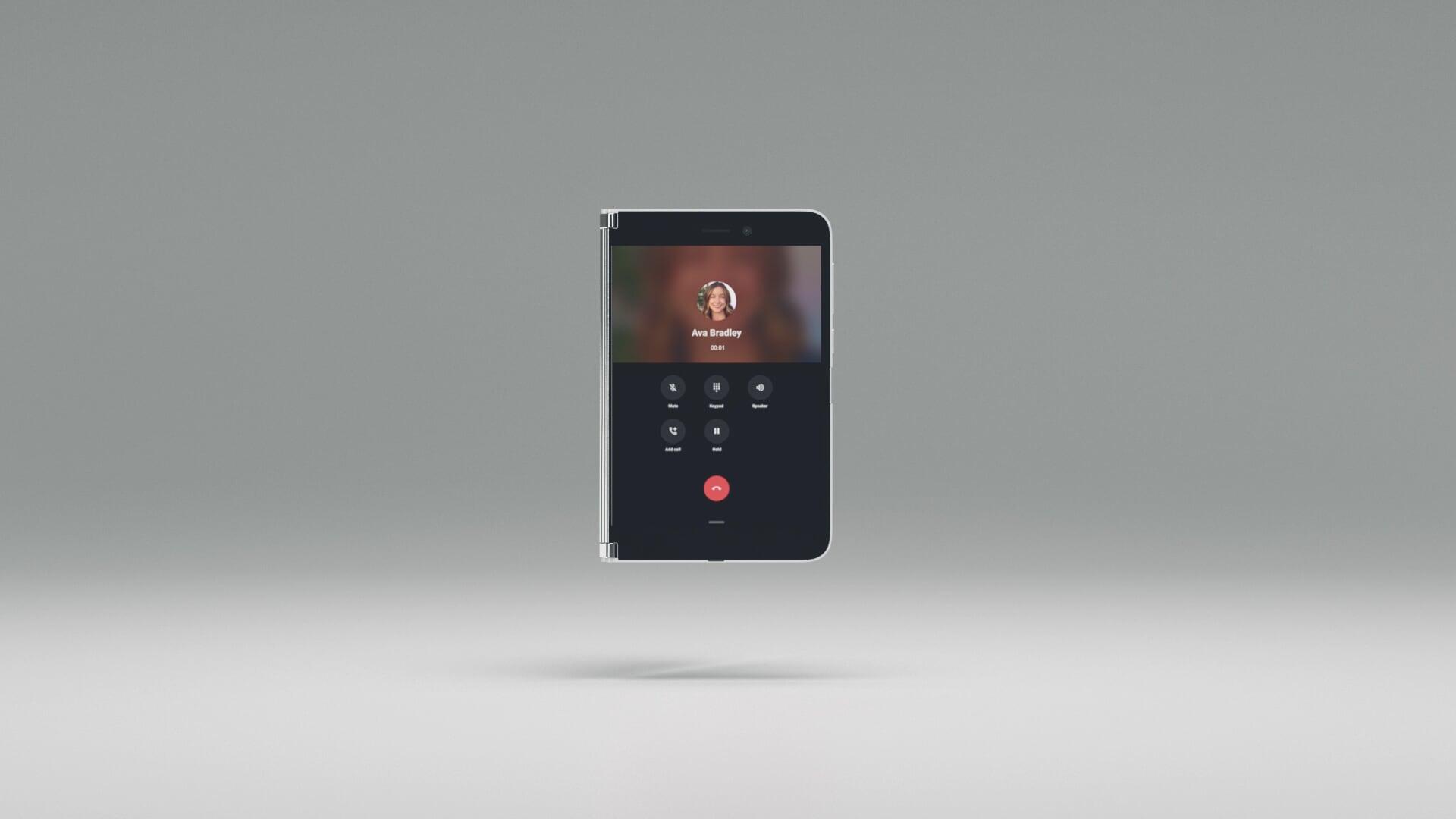 Das Surface Duo mit dem faltbaren Bildschirm zeigt ein Anruf-Fenster.